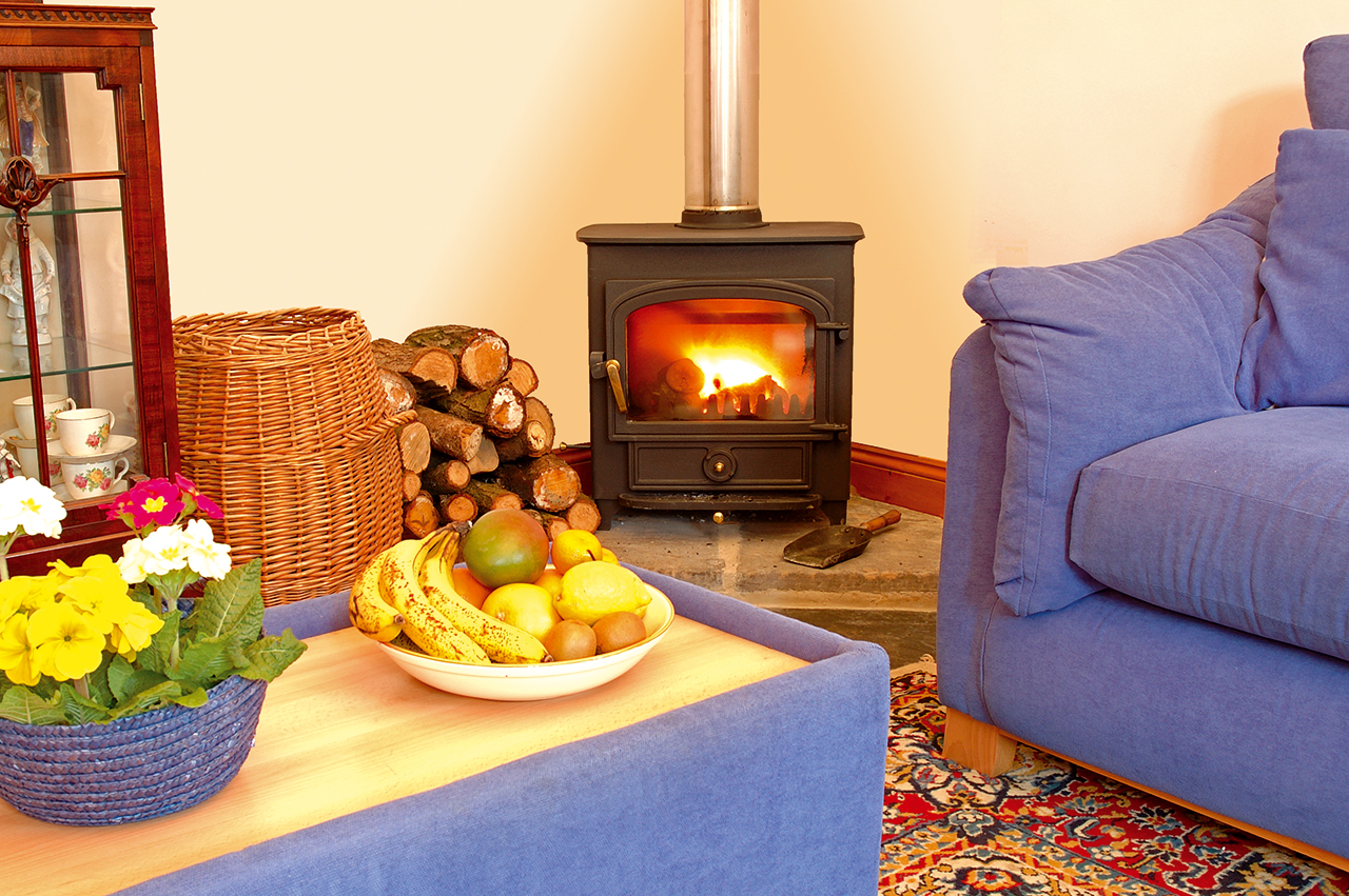 holiday-cottage-wales-the-creamary-fire-place